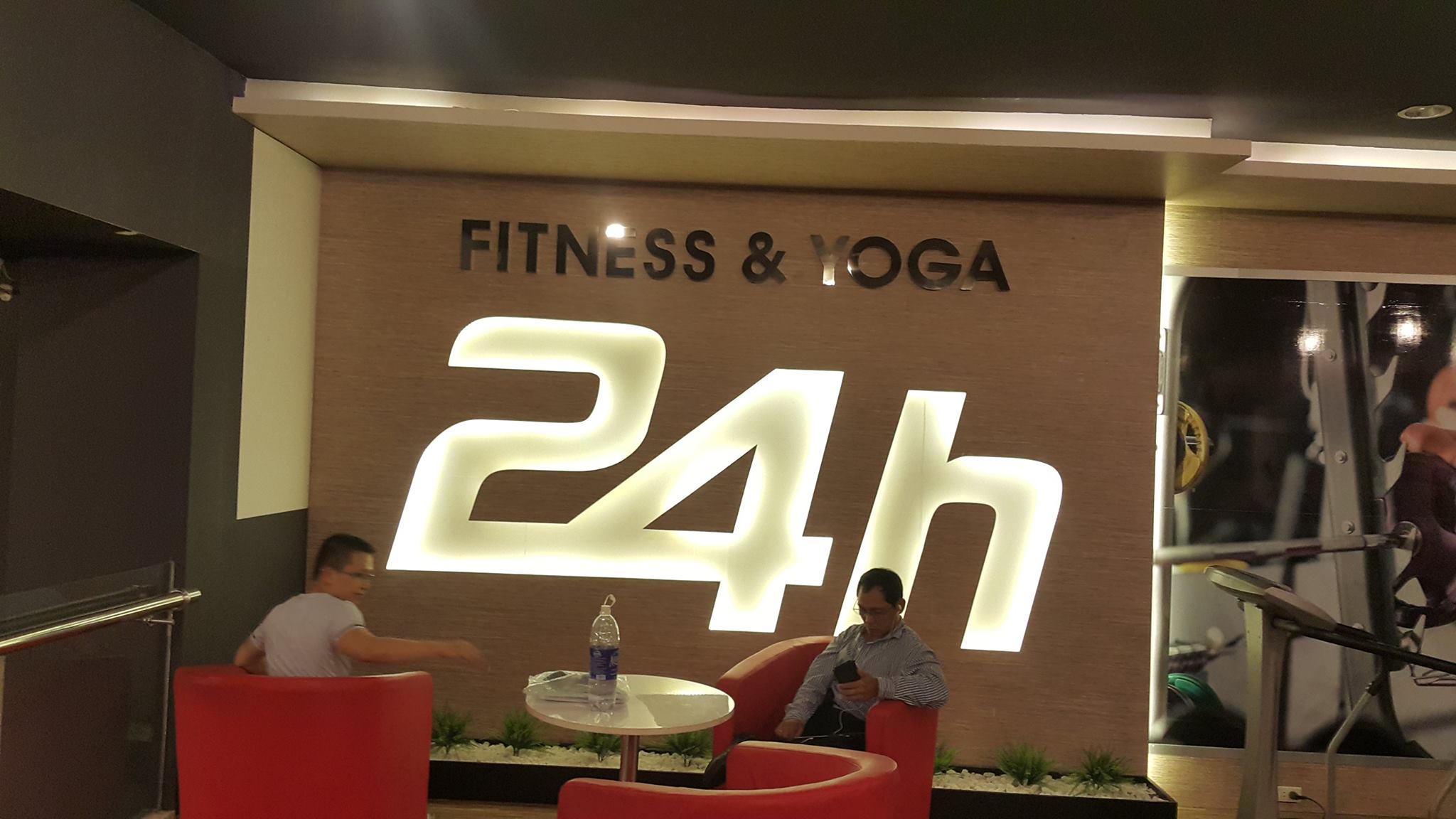 FITNESS & YOGA CLUB 24H